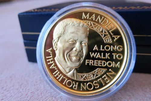 Nelson Mandela/De Klerk 1oz Gold Medallion